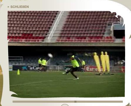Ronaldinho trifft die Latte...